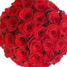 Букет из 31 красной розы «Рубин»
