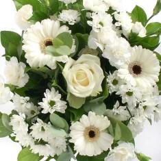 Букет из белых цветов «Облачко»