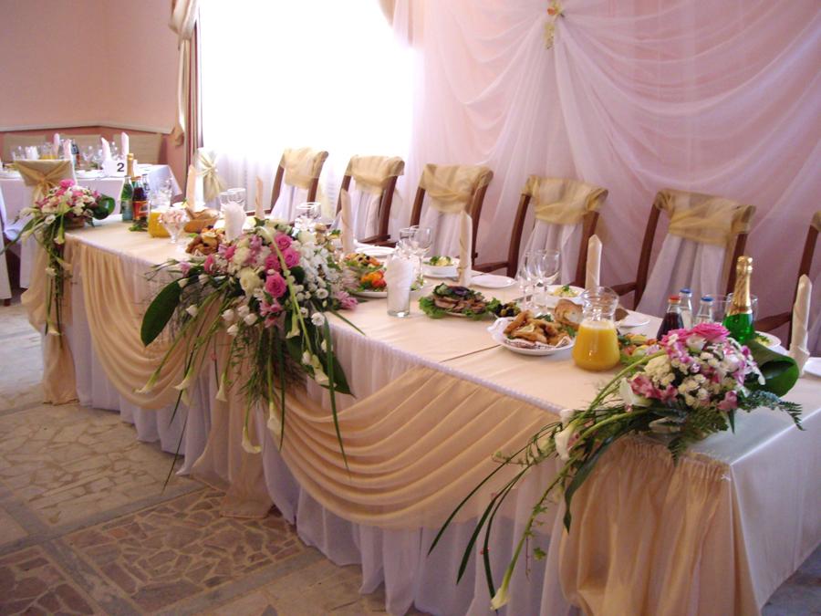 Украшение зала на свадьбу саратов