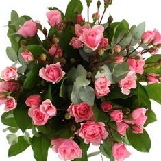 Букет из кустовой розы «Поцелуйчик»