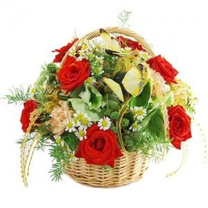 Цветочная композиция в корзине «Желанная»