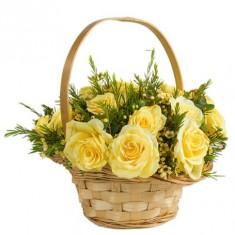 Корзина желтых роз «Наслаждение»