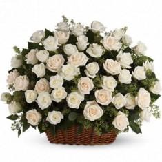 51 роза в корзине «Красавица»