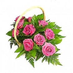 11 розовых роз в корзине «Капелька»