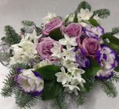 Новогодняя цветочная композиция «Зимний вечер»