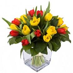 Букет из тюльпанов «Яркое утро»