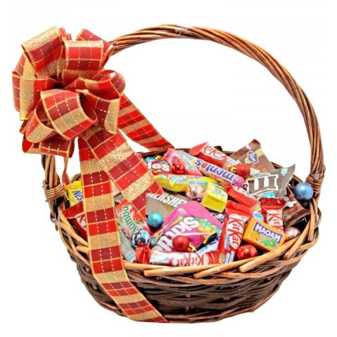 фото корзина с конфетами