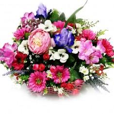 Композиция из искусственных цветов «Розовая корзинка»