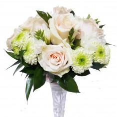 Свадебный букет с белыми розами