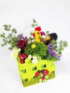 Красивая цветочная композиция в кашпо №9