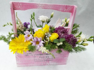 Цветы в деревянных ящичках ручной работы №8