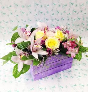 Цветы в деревянных ящичках ручной работы №6