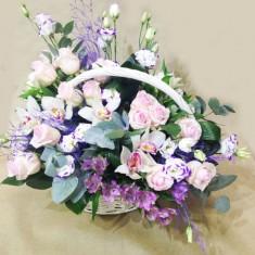 Корзина с цветами «Белая»