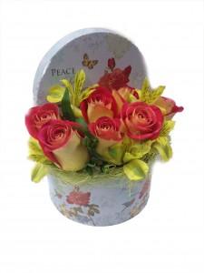 Цветочная композиция в коробке «Розы»